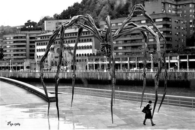 B-W-Guggenheim Bilbao