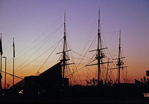 Baltimore Inner Harbor (1)