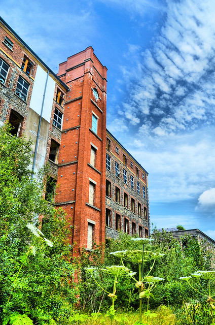 GILFORD OLD LINEN MILL AWAITING A NEW LIFE