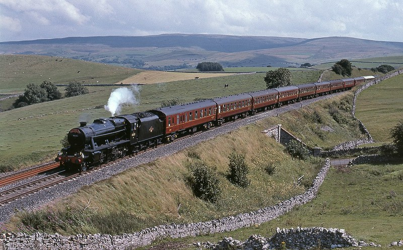 48151 with the northbound Dalesman of 5/8/2007 Copyright David Price No unauthorised use