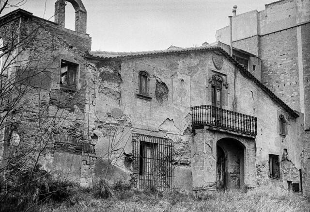 L'origen de Can Oriach / Derelict origins