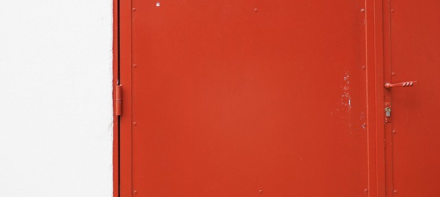 Rojo/ red