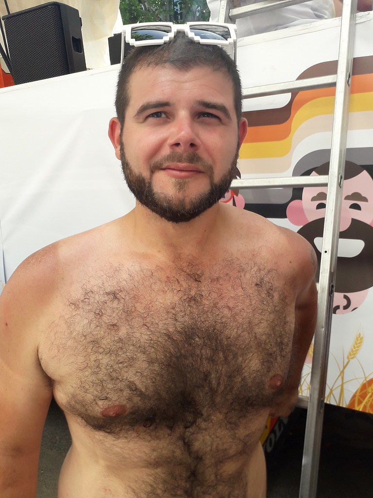 101 HOT BEARMEN / BEARMAN  ! ! # 39 ! (safe photo)