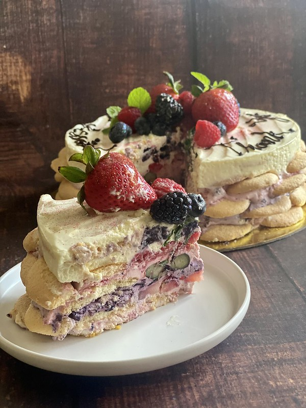 Chef Jessie Light Summer Berry Cake