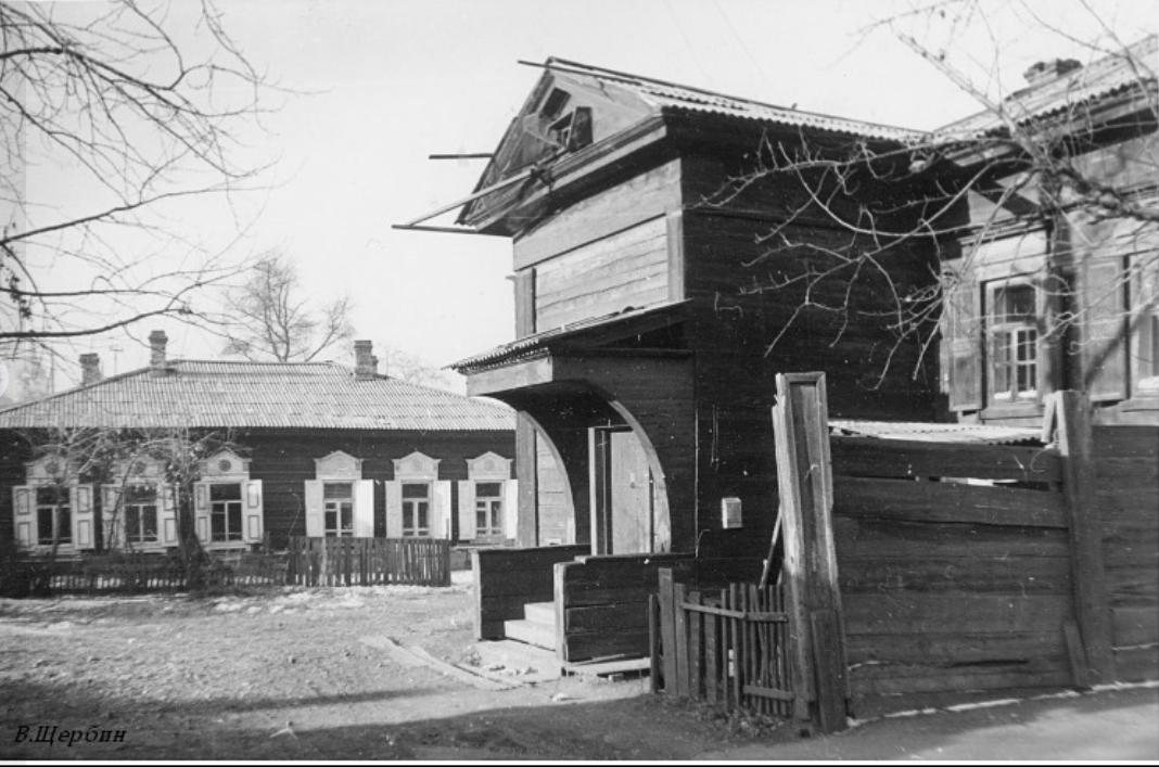 1975. Дом №38 по улице Киевской