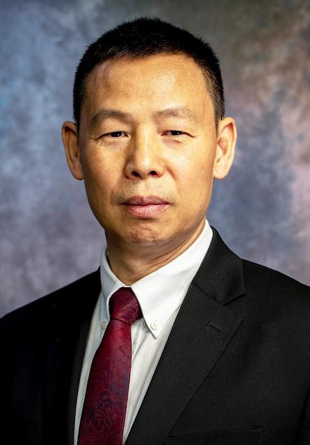 Daowei Zhang