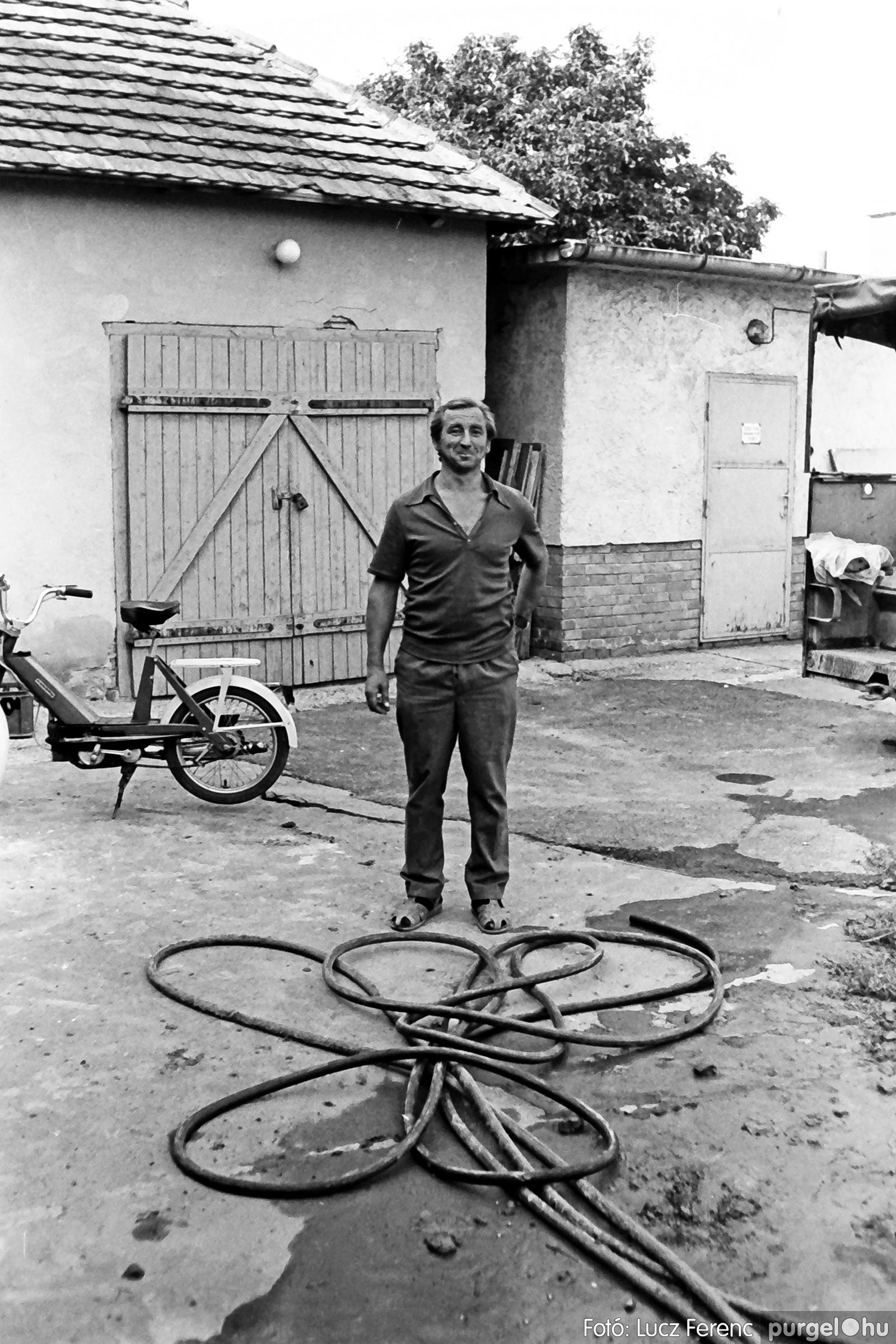 048, 051. 1976. Társadalmi munka 029. - Fotó: Lucz Ferenc.jpg
