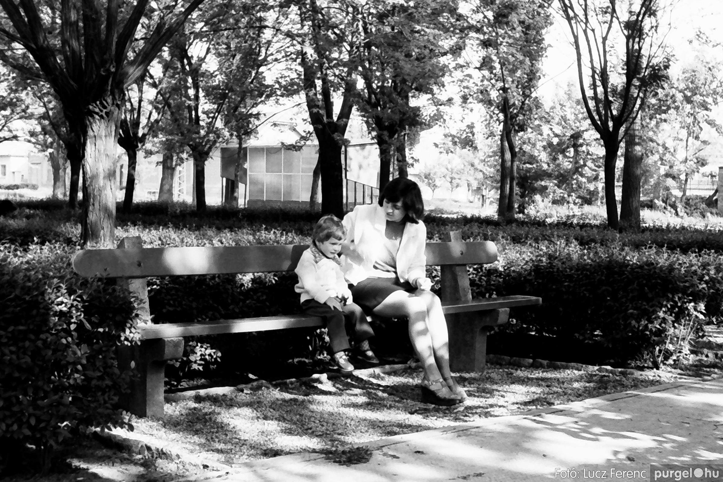 048, 051. 1976. Társadalmi munka 014. - Fotó: Lucz Ferenc.jpg