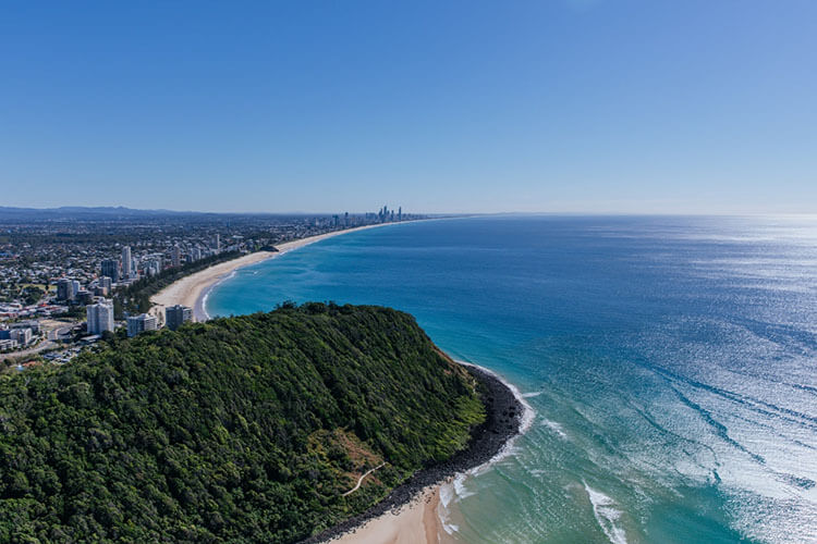 Australia Gold Coast Travel Guides for Couples