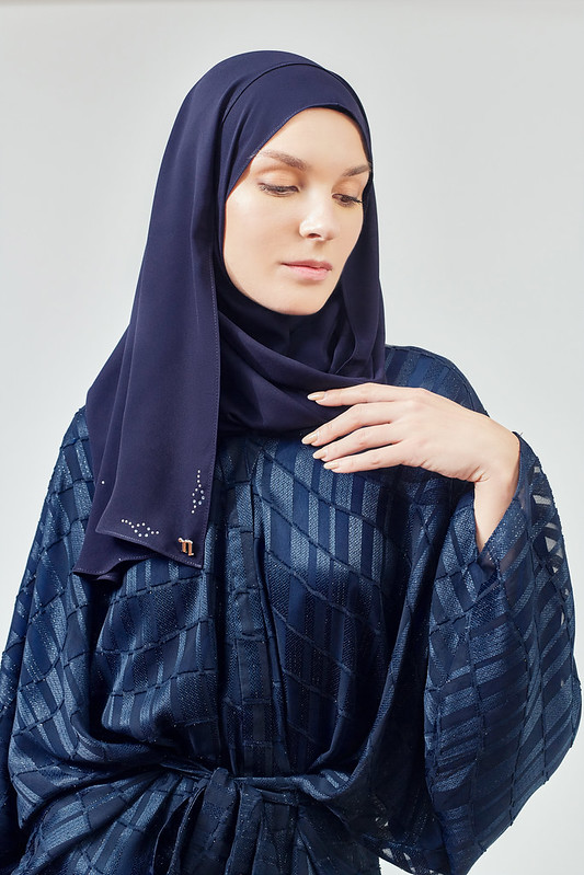 The Essence of Art Nouveau ALIA B. X NAELOFAR RAYA 2021 Collection