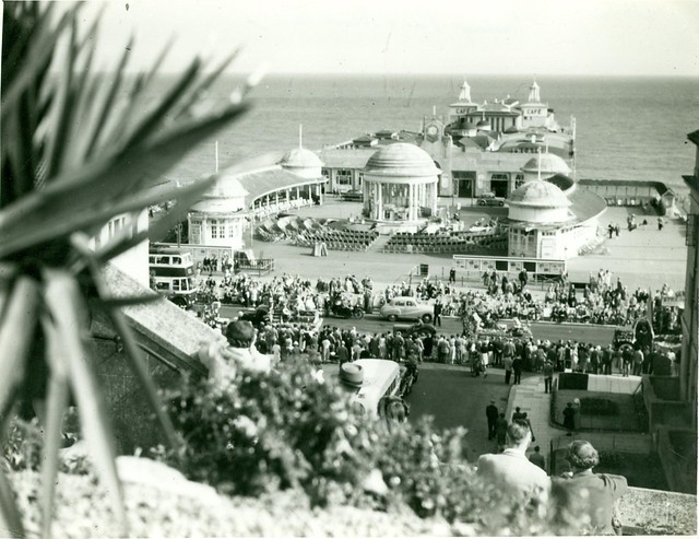 H003564 View of Bandstand on Hastings pier from White Rocks Gardens c.1950s