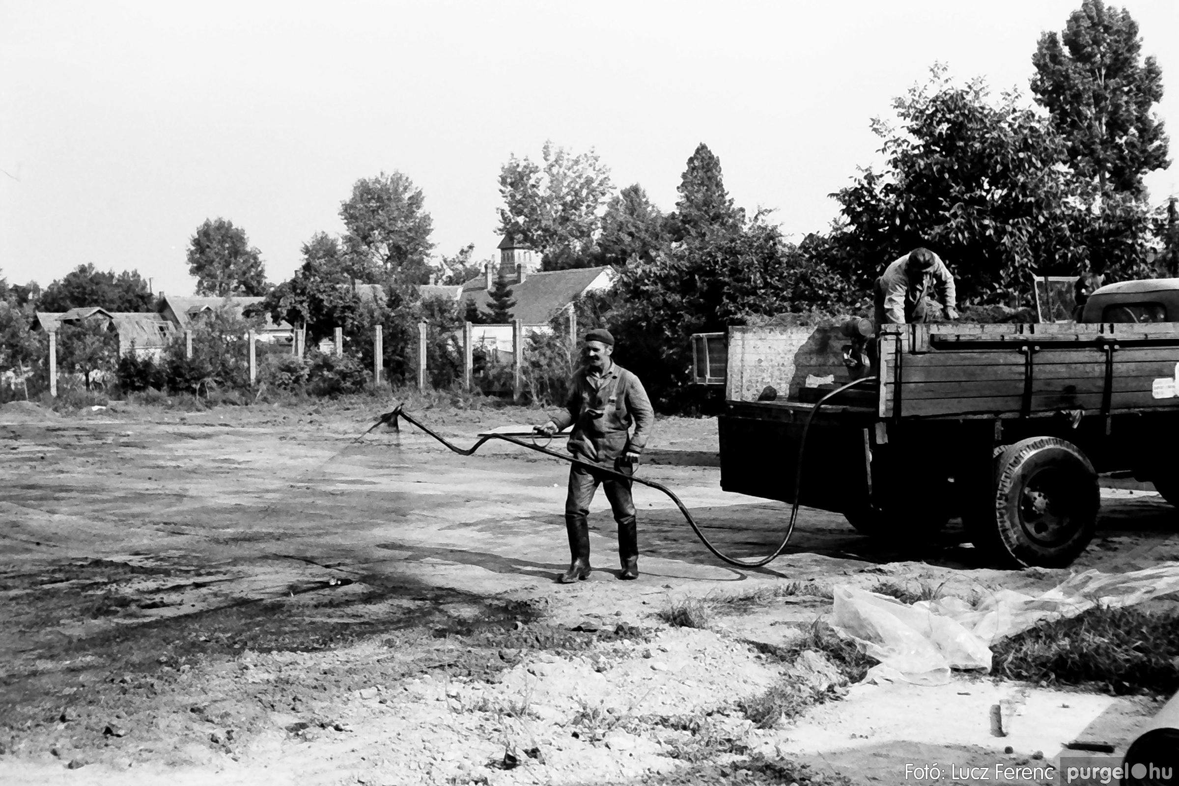 048, 051. 1976. Társadalmi munka 030. - Fotó: Lucz Ferenc.jpg