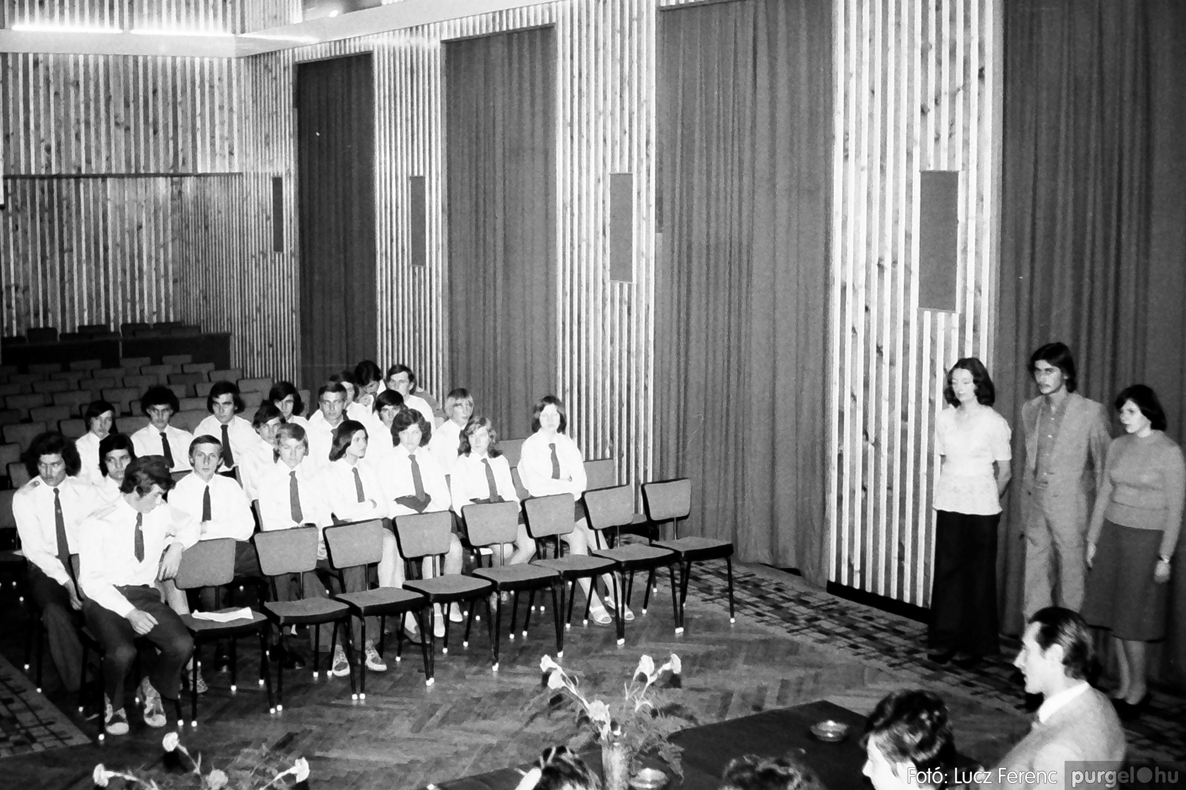 053. 1976. Ünnepi ülés 012. - Fotó: Lucz Ferenc.jpg