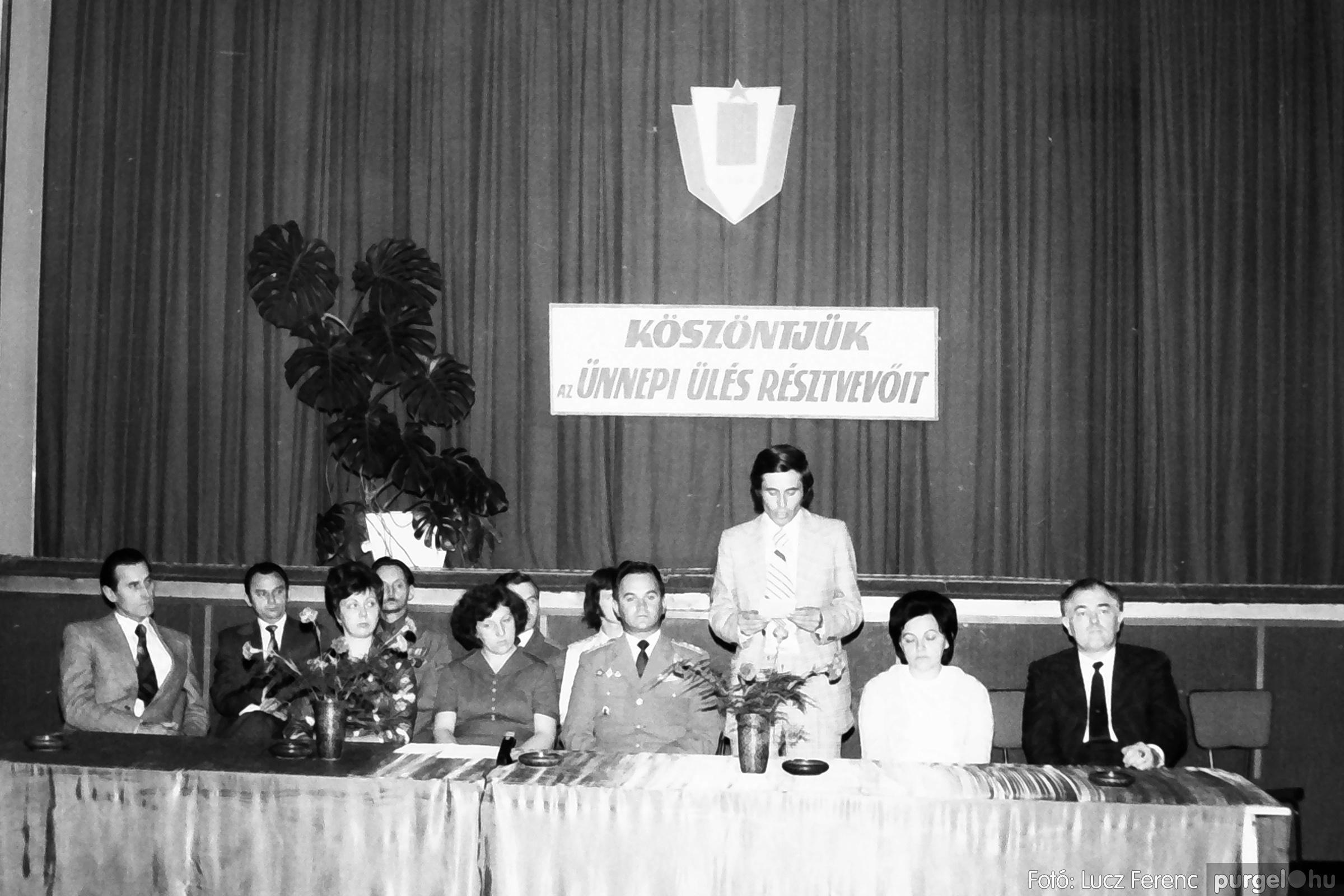 053. 1976. Ünnepi ülés 003. - Fotó: Lucz Ferenc.jpg