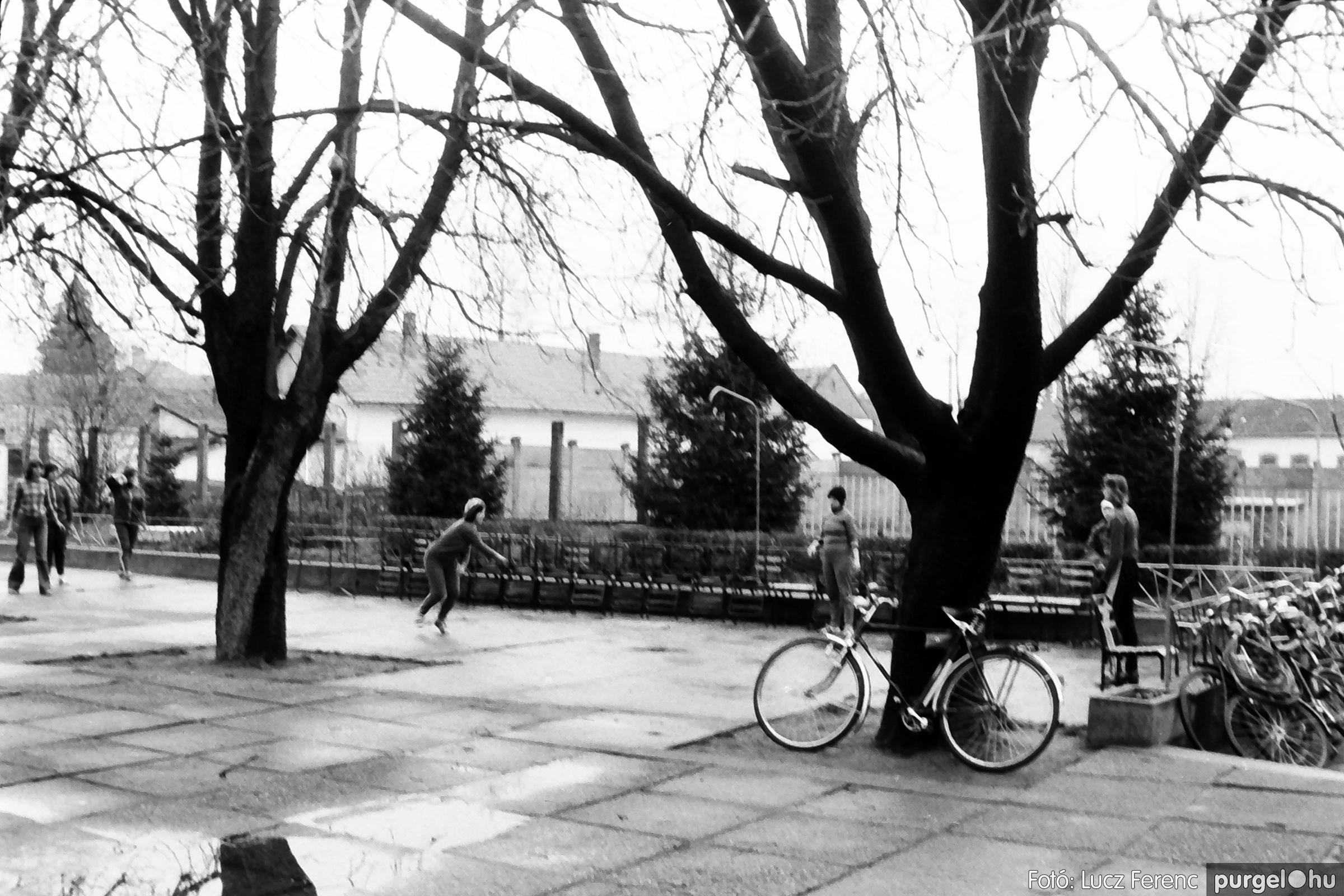 061, 063. 1976. Puskin TSZ szocialista brigádverseny 028. - Fotó: Lucz Ferenc.jpg