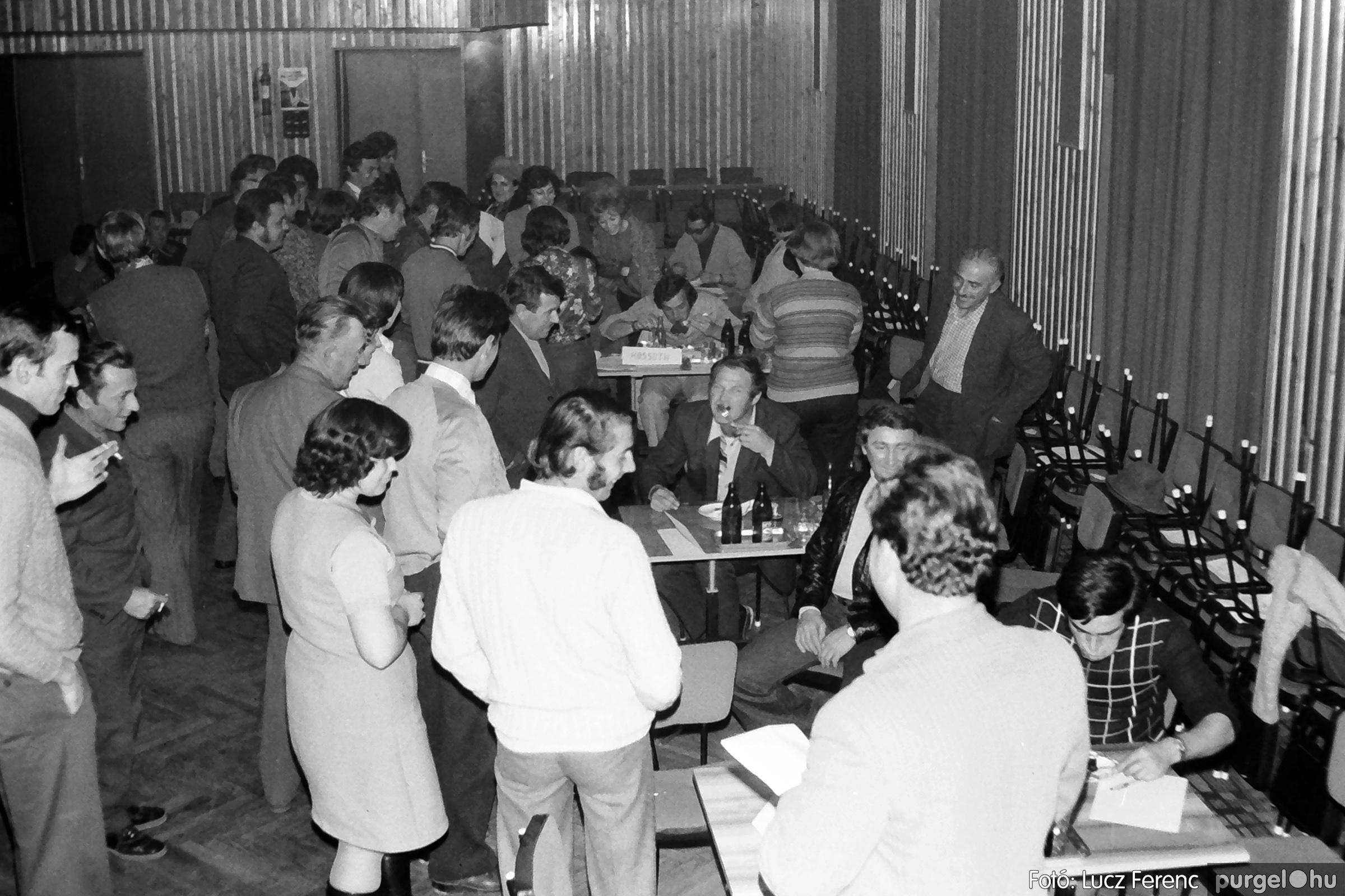 061, 063. 1976. Puskin TSZ szocialista brigádverseny 014. - Fotó: Lucz Ferenc.jpg