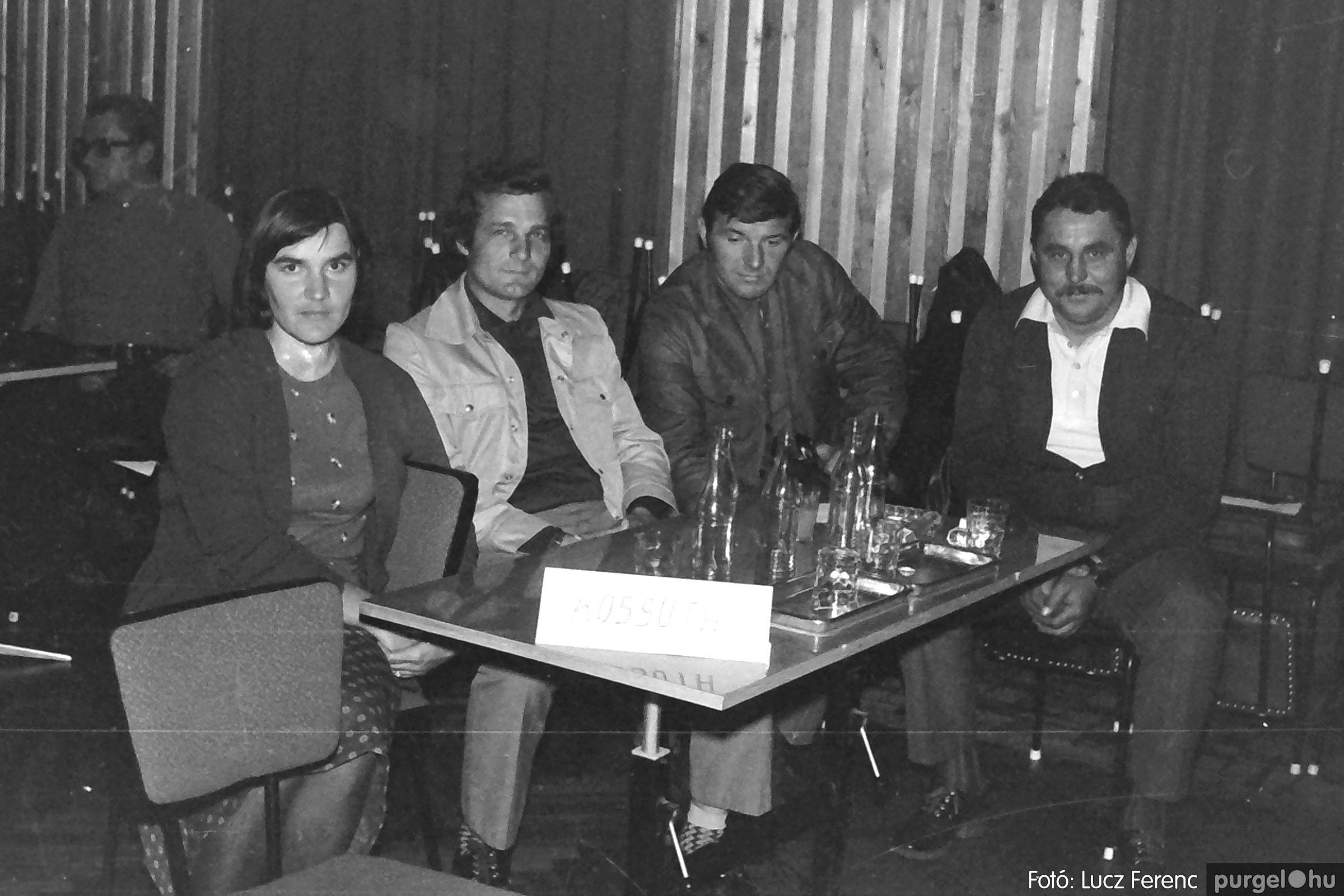 061, 063. 1976. Puskin TSZ szocialista brigádverseny 004. - Fotó: Lucz Ferenc.jpg