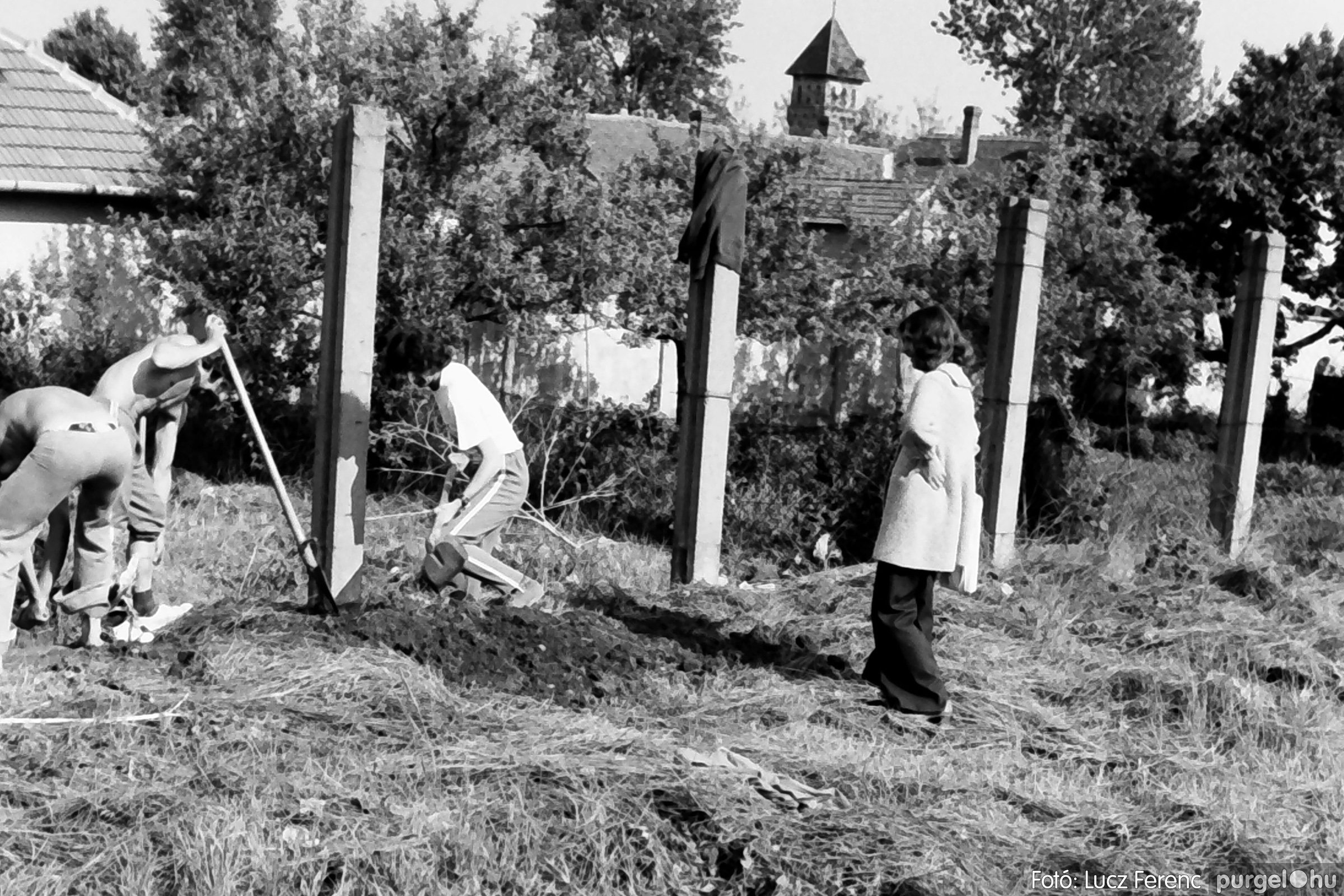 048, 051. 1976. Társadalmi munka 012. - Fotó: Lucz Ferenc.jpg