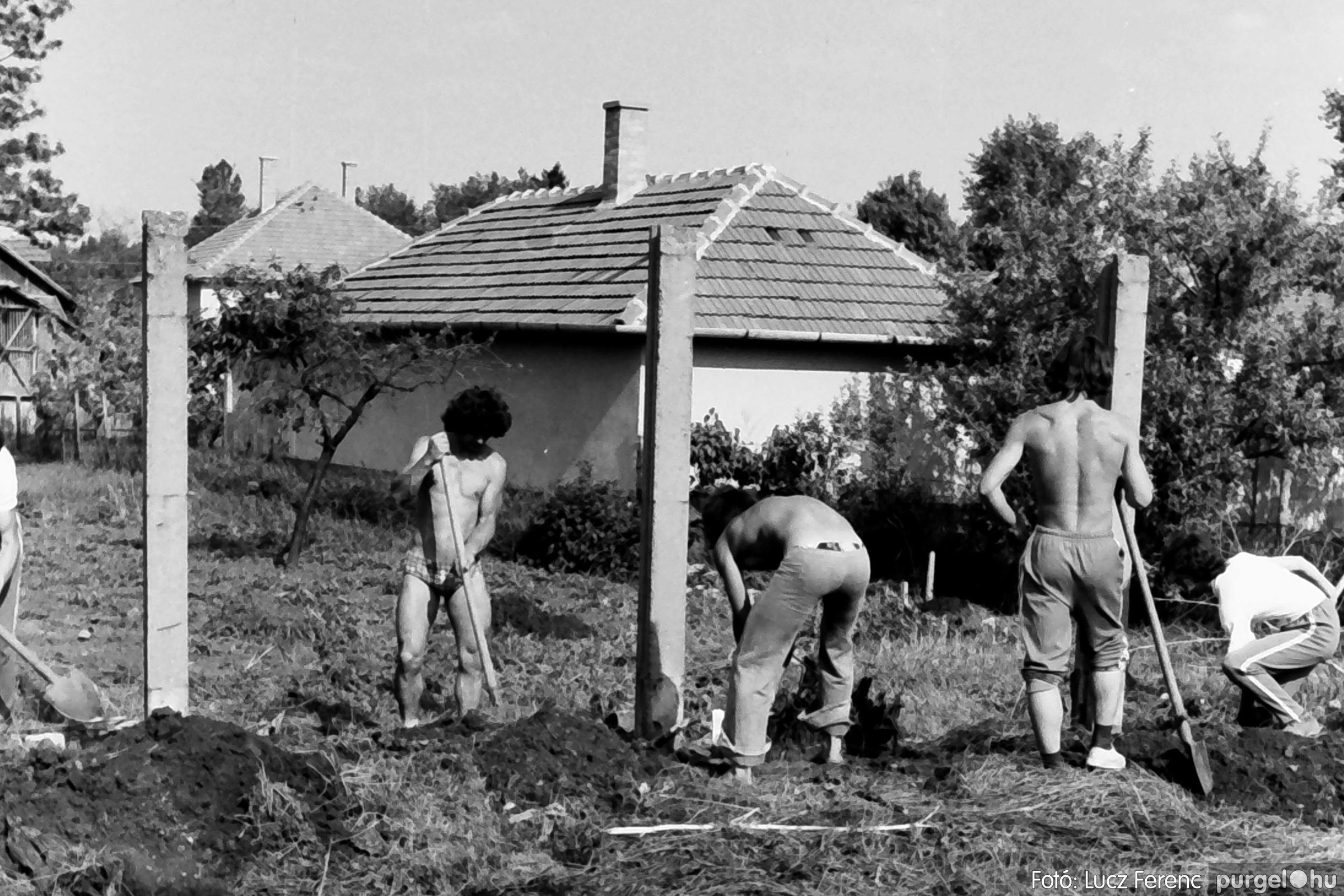 048, 051. 1976. Társadalmi munka 011. - Fotó: Lucz Ferenc.jpg