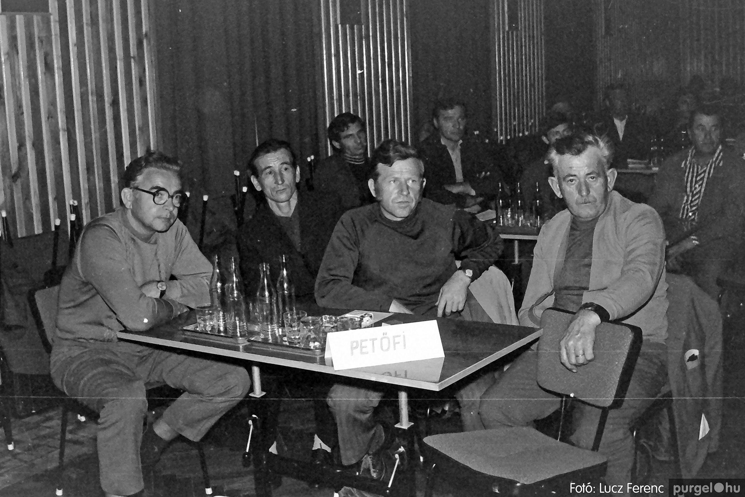 061, 063. 1976. Puskin TSZ szocialista brigádverseny 002. - Fotó: Lucz Ferenc.jpg