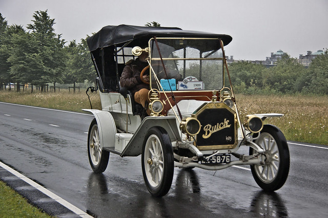 Buick Model 10 Touring 1909* (6881)