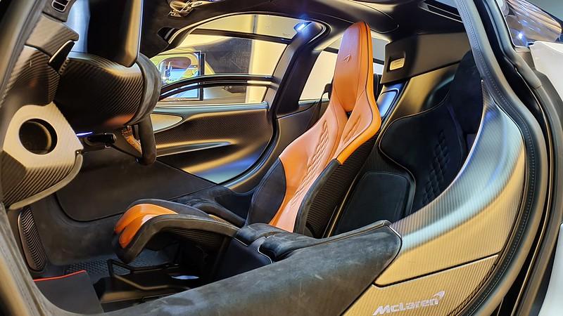 McLaren-Speedtail-12