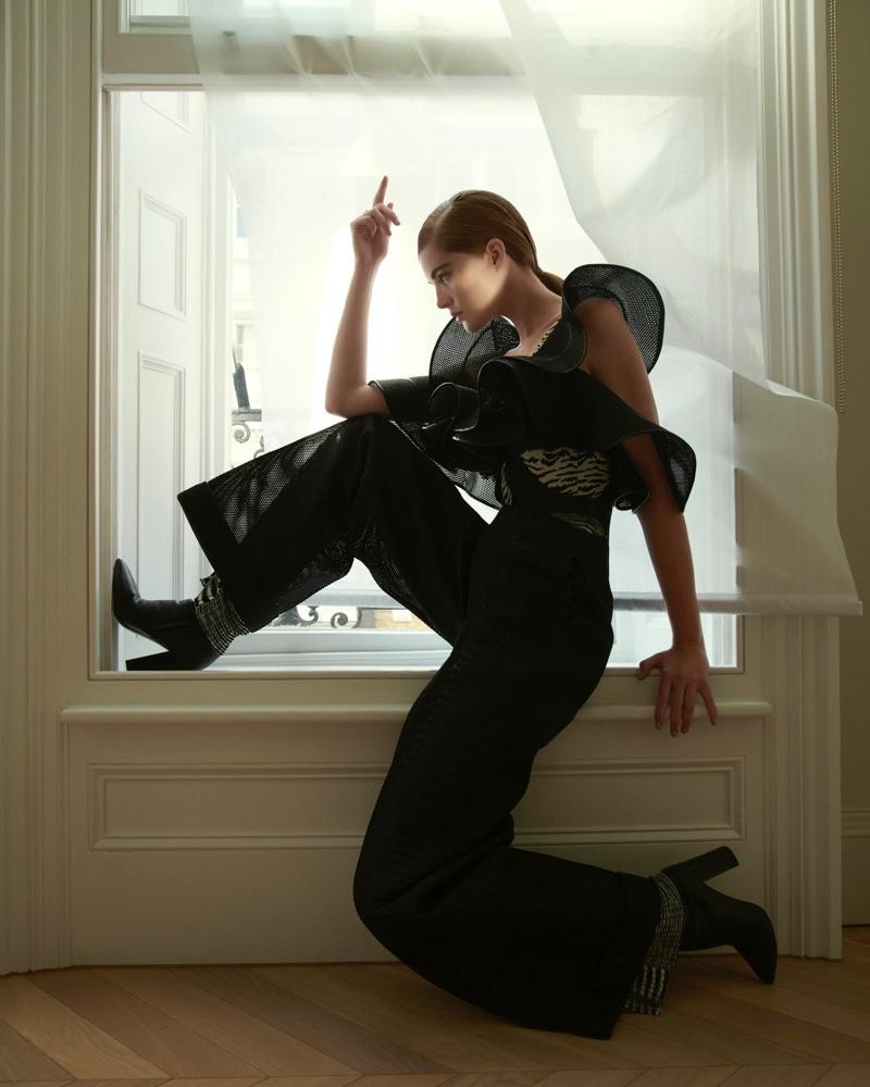 Alexina-Graham-Numero-Russia-Cover-Photoshoot06