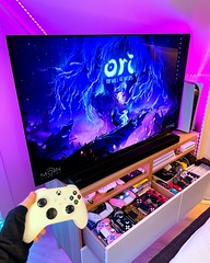 Whatu2019s your favourite Xbox game? ud83dudc9a Iu2019ve been loving Ori and the Will of the Whisps lately, such a fun and stunning game! First game Iu2019m playing on an Xbox controller too (on PC via Game Pass). Thank you to @xboxse for providing the game + cont