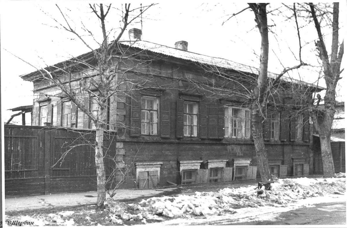 Дом по улице Борцов Революции