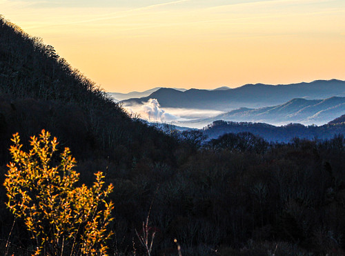 waynesville northcarolina unitedstatesofamerica smokymountains sunrise mountains