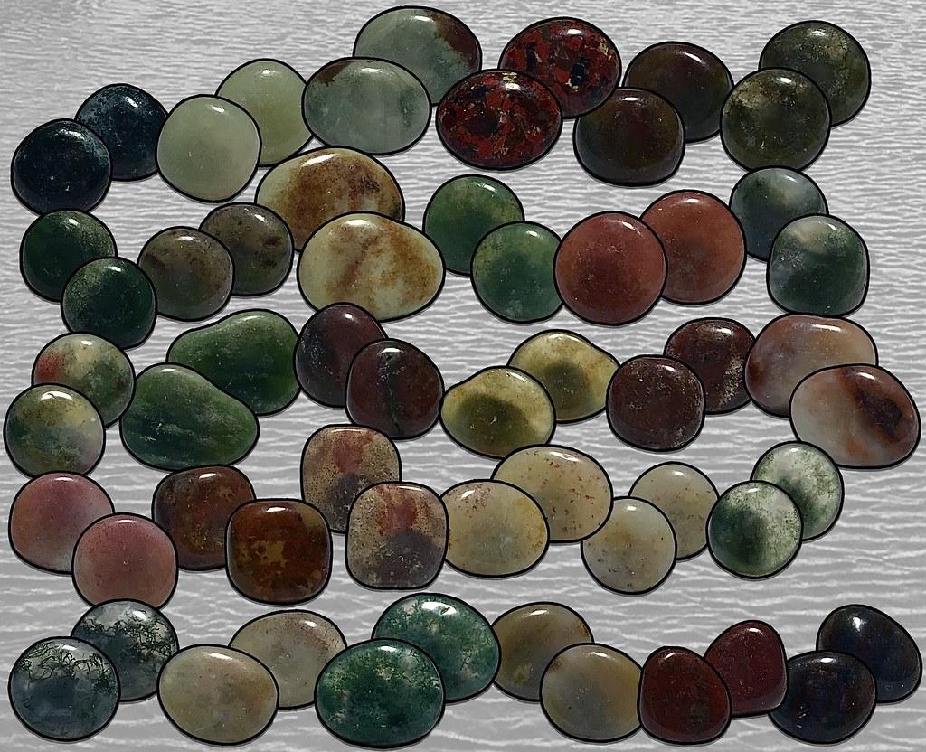 Jaspis/Chalcedony Collection