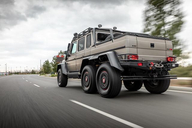 Mercedes-Benz Brabus 6 wheeler