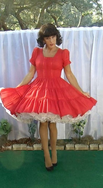 same dress, this time in dancing pose