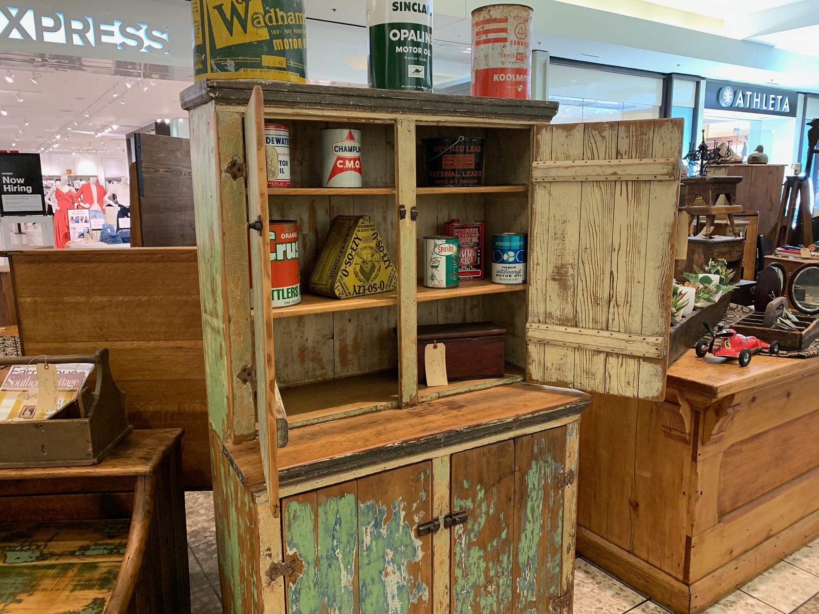 Fox River Mall Antique & Collectibles Show