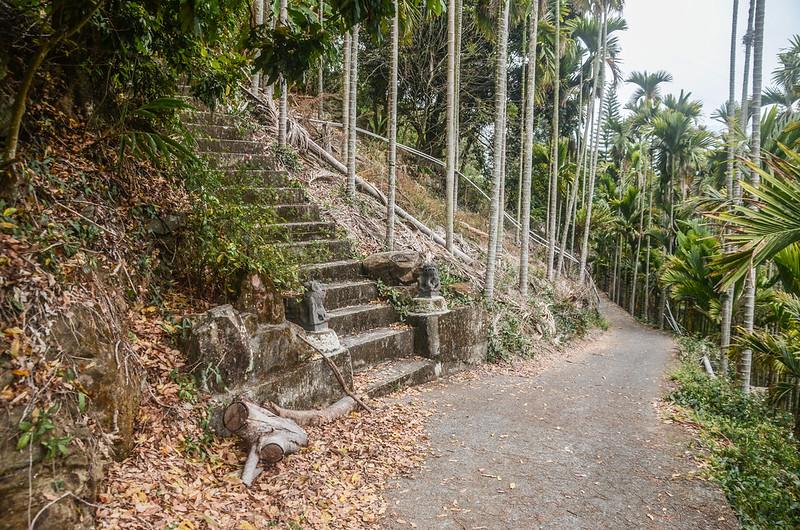 牛轀轆山登山階梯