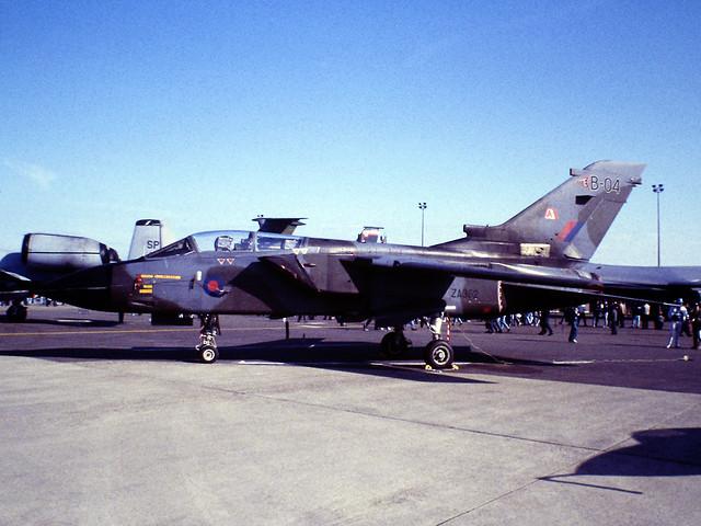 ZA352 Panavia Tornado GR.1T of RAF