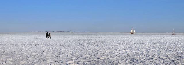 4km of ice walking to Marken island