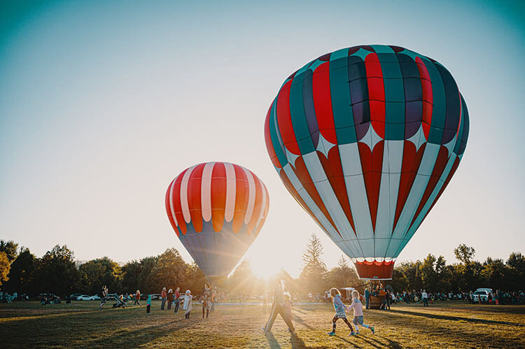 try hot air ballooning for a noteworthy life occasion