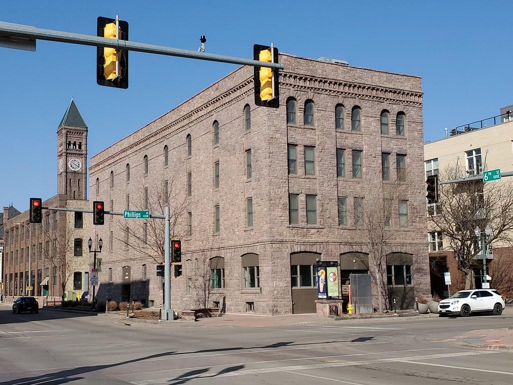 Andrew Kuehn Building   (1903)