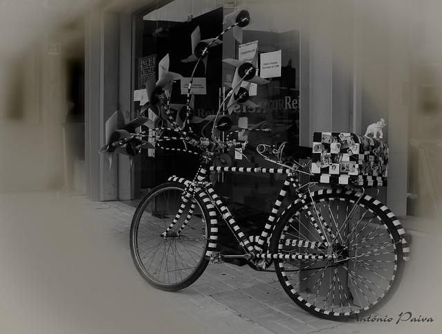 A bike *Explore-27.03.2021