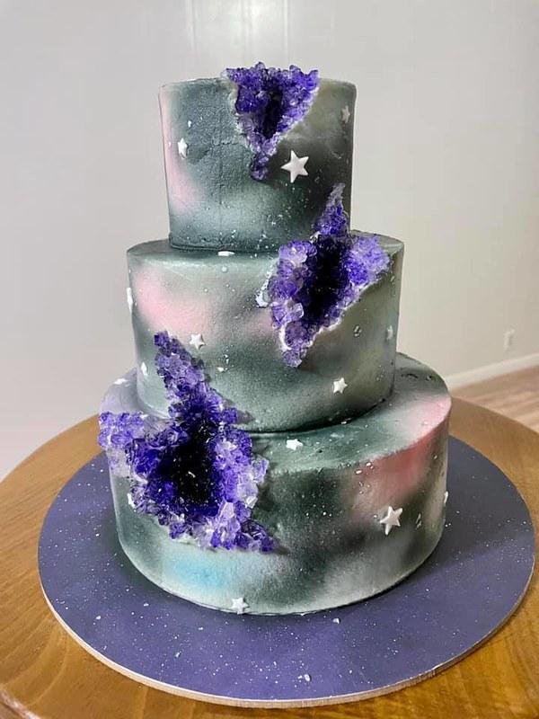 Cake by Jennifer's Cakes