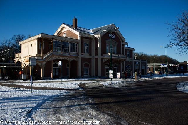 20210213_NL_Baarn_Railway station in the snow