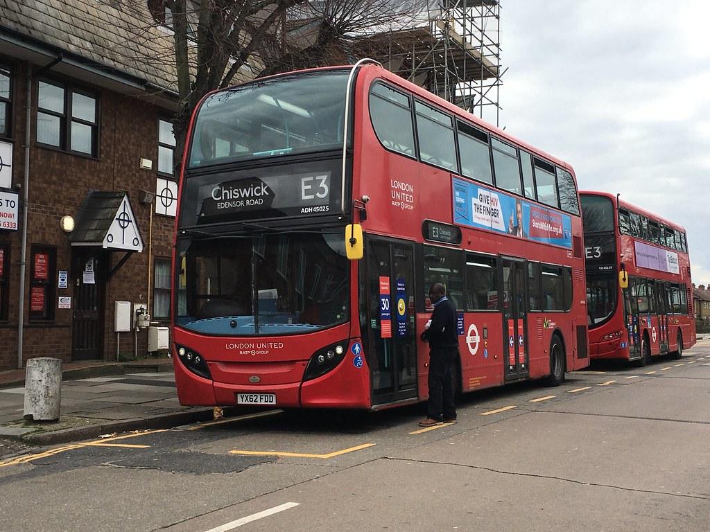 London United RATP Group - Enviro 400 Hybrid - ADH45025 - YX62 FDD - E3, Chiswick Edensor Road