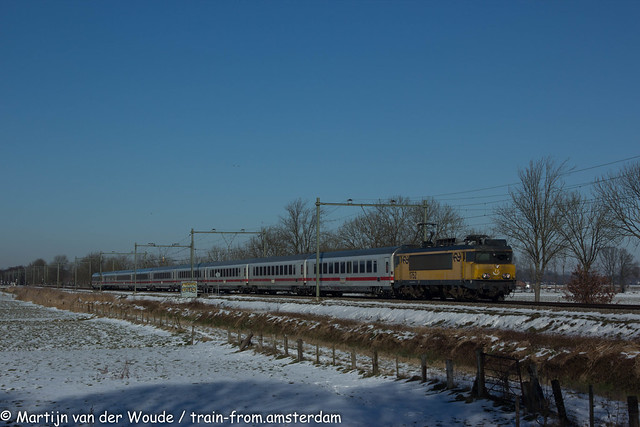 20210213_NL_Soest-Eempolder_NS 1752 with IC145 to Berlin
