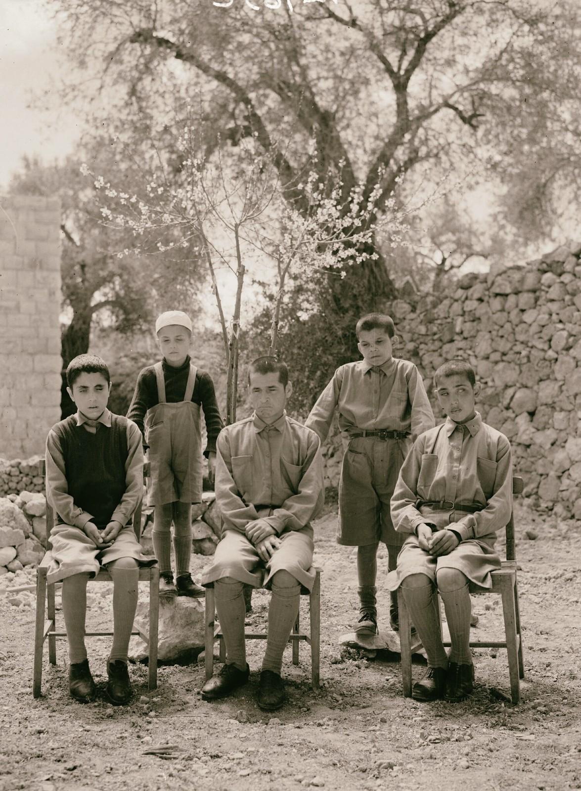 02. Групповые фотографии школы слепых в Хевроне (2)