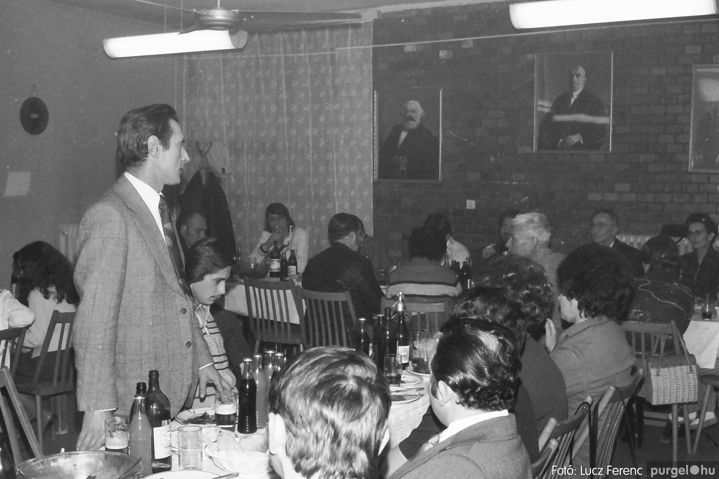066-067. 1976. A Herkulesfürdői emlék című film ősbemutatója Szegváron 033. - Fotó: Lucz Ferenc.jpg