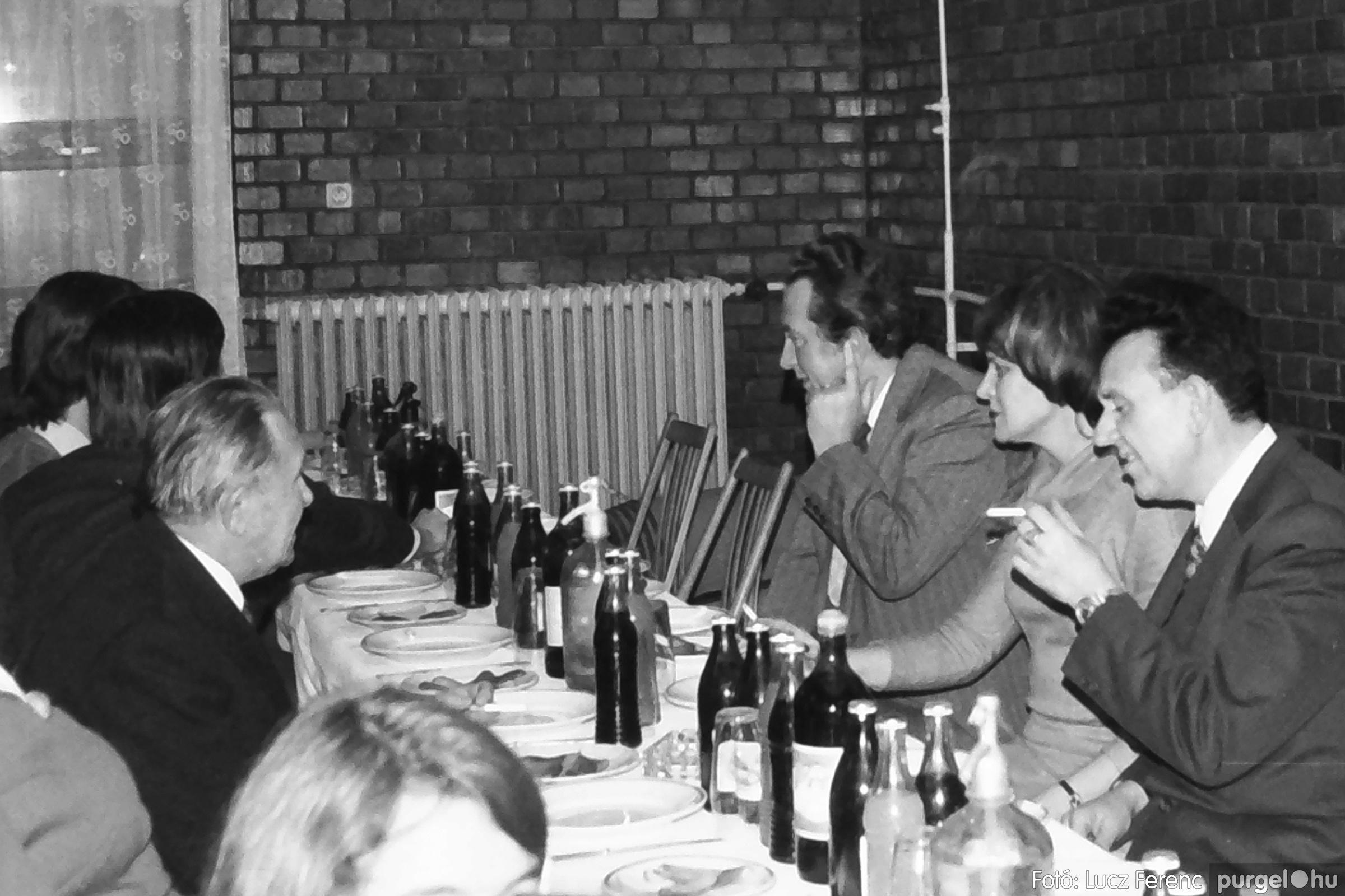 066-067. 1976. A Herkulesfürdői emlék című film ősbemutatója Szegváron 022. - Fotó: Lucz Ferenc.jpg
