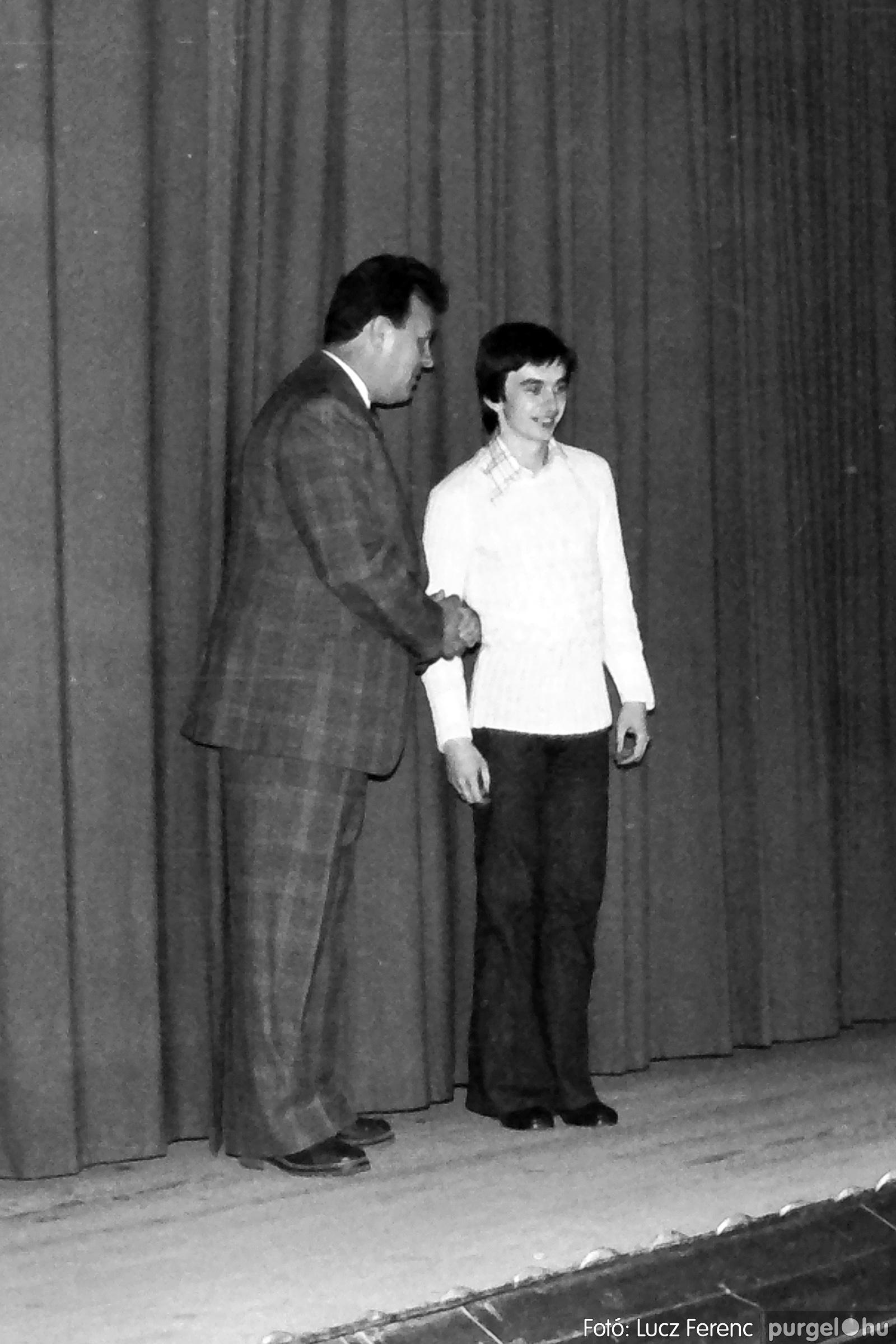 066-067. 1976. A Herkulesfürdői emlék című film ősbemutatója Szegváron 006. - Fotó: Lucz Ferenc.jpg