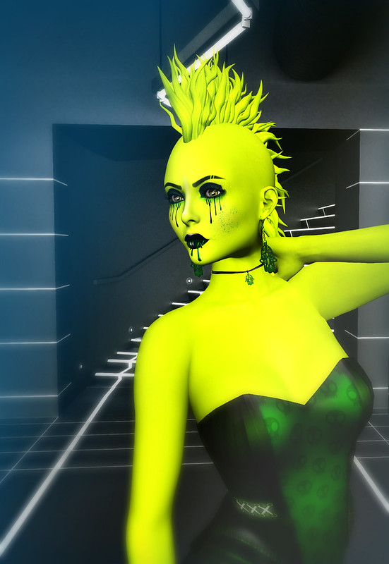 Helena Stringer - SL Syndicate - Green Freaks Roundup - Outfit
