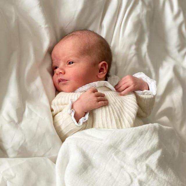Eerste foto van Prins Julian, de Hertog van Halland